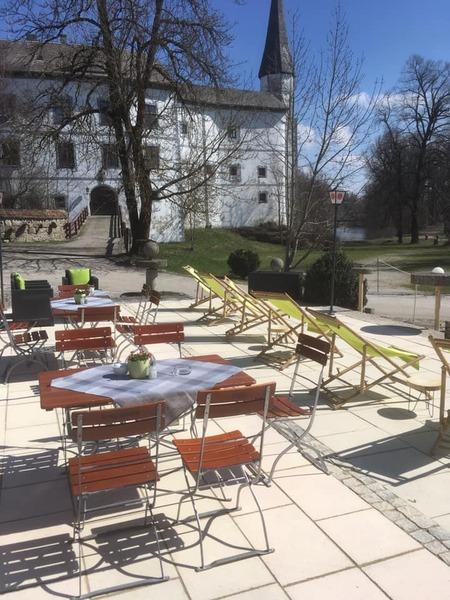 Cafe am Schloss Pertenstein