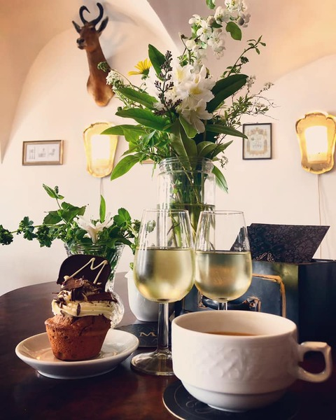Maximilian´s Bar-Cafe-Restaurant