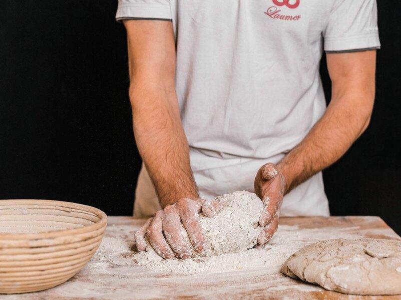 BioBäckerei – Konditorei – Cafe Laumer