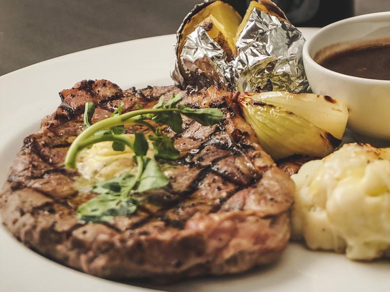 Grillrestaurant OX – Familie Schon